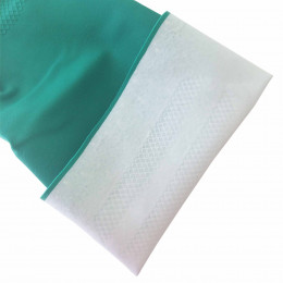Waterproof nitrile gloves
